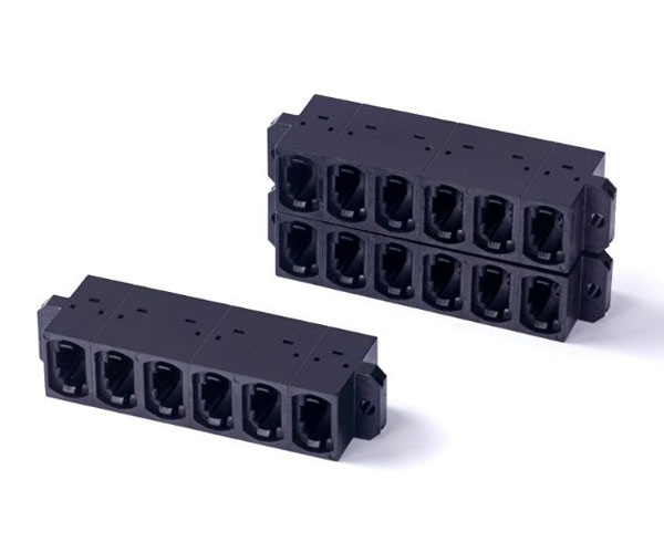 Multi cores MPO stackable adapter